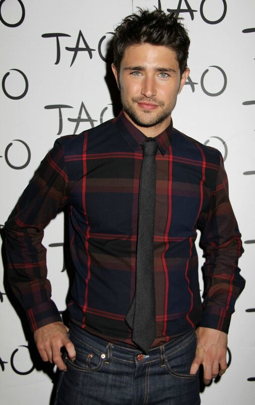 Matt Dallas (1)