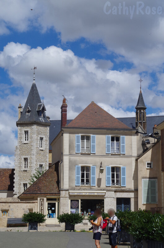 && Chartres (28)