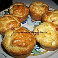 Muffins aux tomates et feta