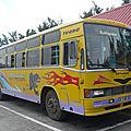 ASHOK LEYLAND autobus Rottweiler Port Mathurin (1)