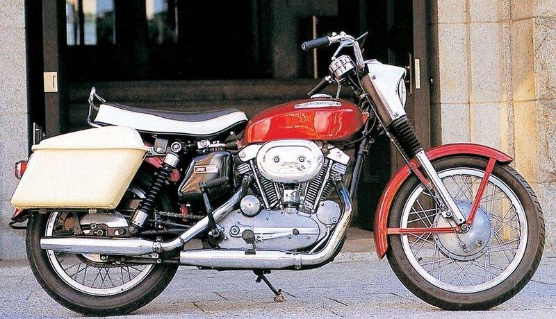 1967 Harley XLH rouge Valises côté pots