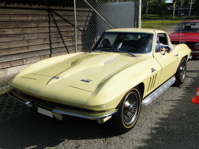 chevrolet-corvette-sting-ray-coupe-1966-03