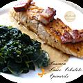 Pavés de saumon poêlés au lard, sauce à l'echalote