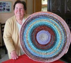 La voic - une-finesienne-a-tricote-50-metres-de 50 mètres