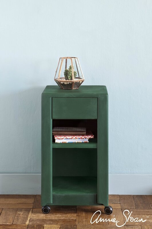 Amsterdam-Green_painted-sidetable1