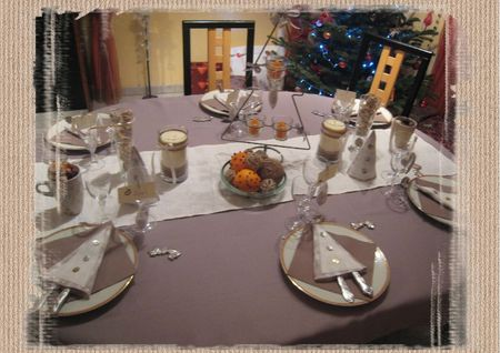 table noel beige et blanc2