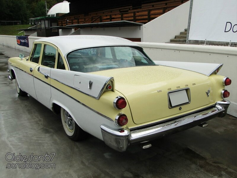 dodge-custom-royal-sedan-1957-02