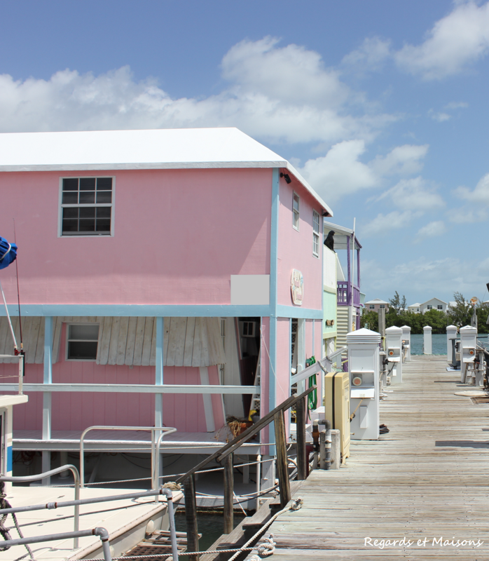 REGARDS ET MAISONS PINK BOAT credit7