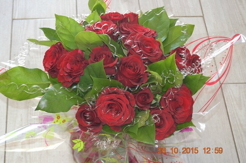 bouquet bulle roses rouges (3)