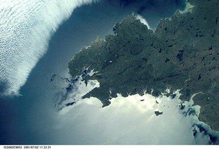 vue_satellite_de__brest_top_bretagne_france