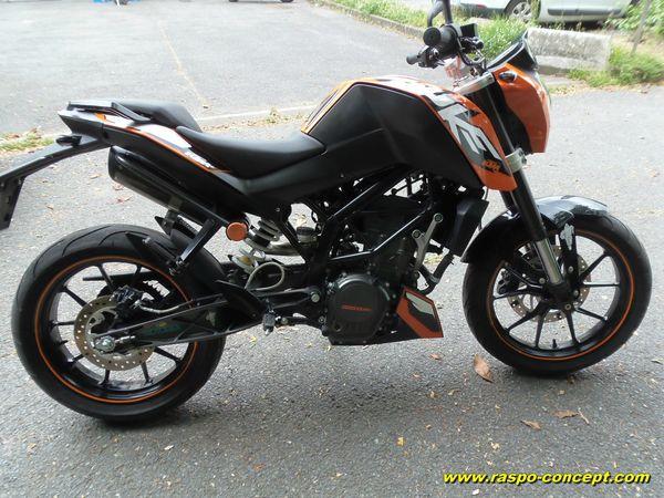 KTM 125 by Raspo side
