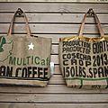 2 nouveaux sacs cabas ou sacs de plage réalisé en toile de sac à café du guatemala recyclé - modèle unique