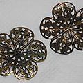 Nouveauté en perlerie : des breloques légères bronze antique, perles alumininium multicolores