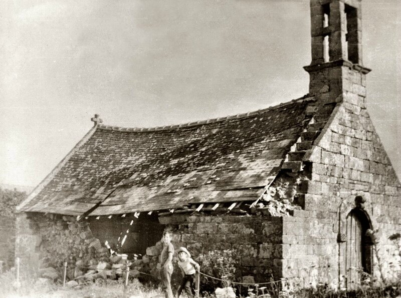 Ch30 - Restauration chapelle St Yves - Camp scout de Longwy 1970-08 a
