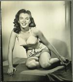 1945-Farr_Hueth_studio-model-bikini_bird-020-1a