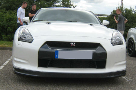Nissan_skyline_GTR__Rencard_Vigie__04