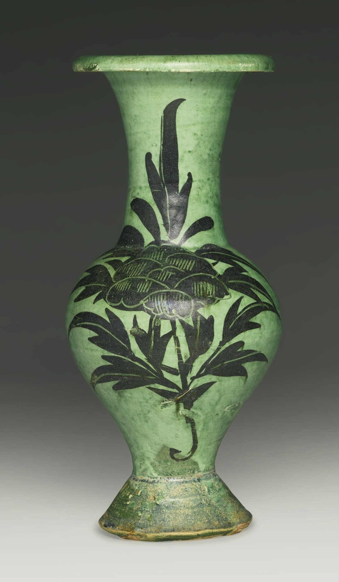 An extremely rare 'Cizhou' green-glazed painted baluster vase, Northern Song dynasty