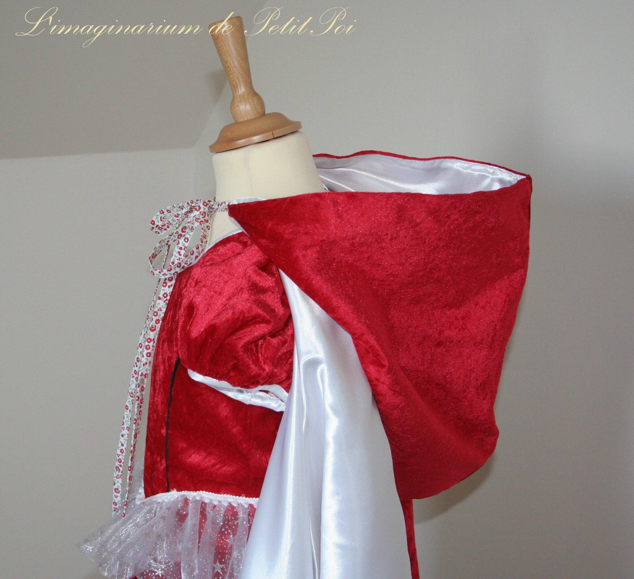 Cape médiévale à grande capuche et robe renaissance - L'imaginarium de PetitPoi