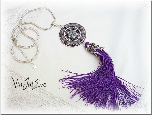collier Staka gris mauve 1