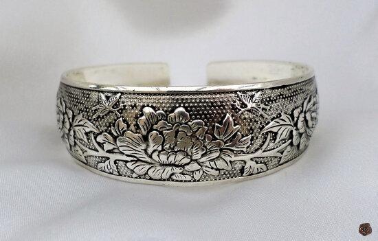 Bracelet Totem Tibétain Rigide Gravure Lotus _Végétaux Ajustable Argent du Tibet