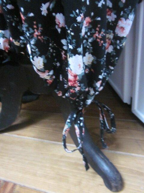 Robe HENRIETTE en popeline de coton noir fleur (7)