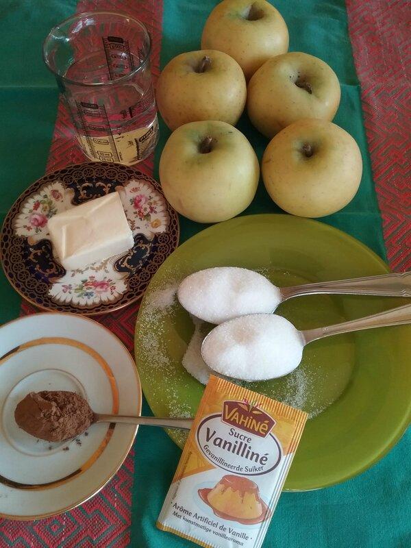 Chaussons aux pommes caramélisées à la cannelle 024