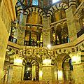 La cathédrale sainte marie d'aix la chapelle, dernière demeure de charlemagne