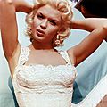 jayne-1956-white_dress-01-1