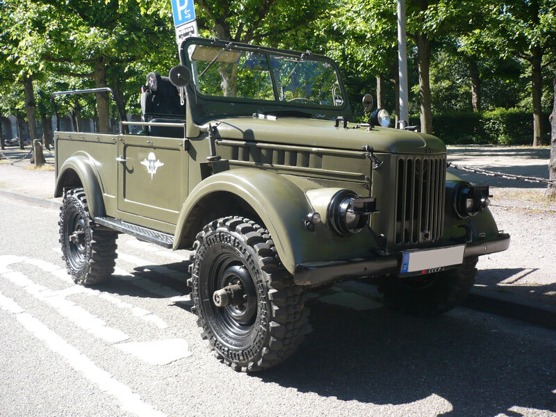 UAZ 69 jeep militaire Karlsruhe (1)