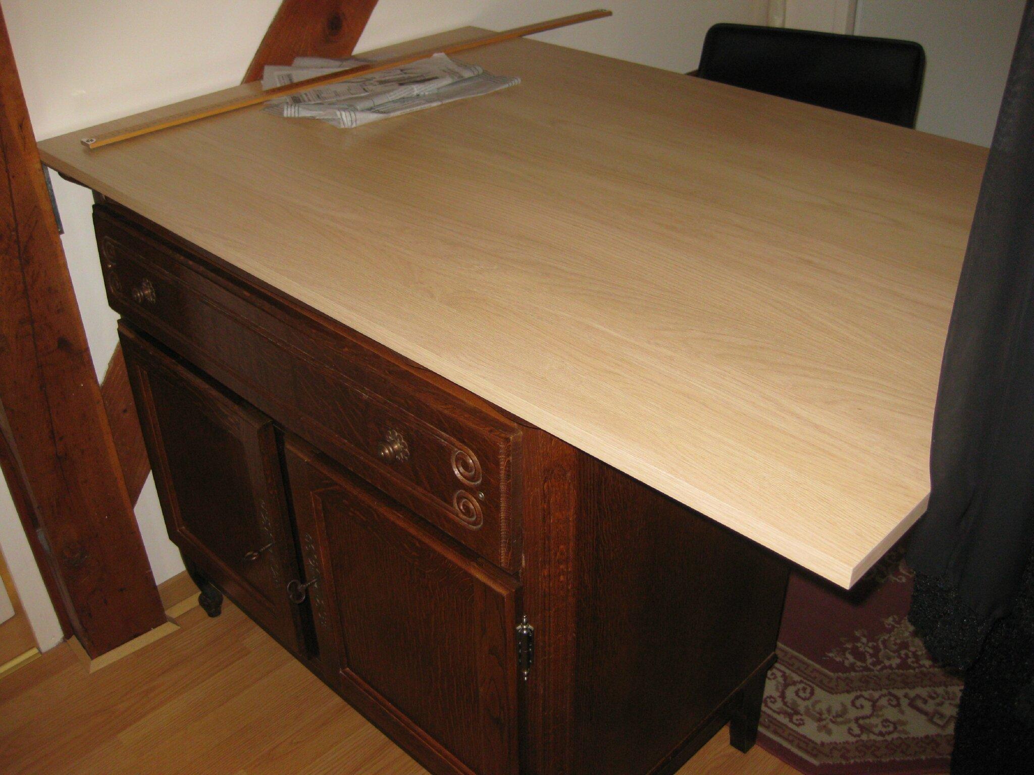 TABLE A COUPER LE TISSU 1