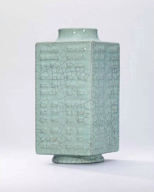 AGuan-type-glazedcong-form vase, Qianlong six-character seal mark in underglaze blue and of the period (1736-1795)