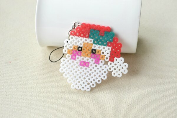 Christmas-Hama-Beads-Designs-on-How-to-Make-a-Santa-Claus-Ornament-6