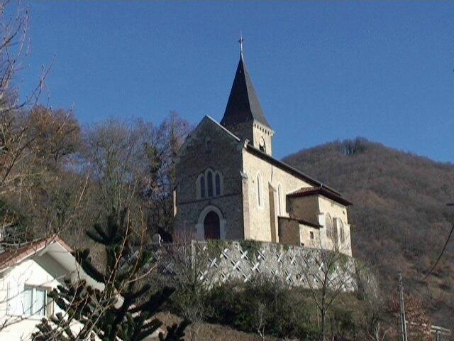 Eglise devant le Sonut
