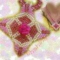 Collier Rose géométrique