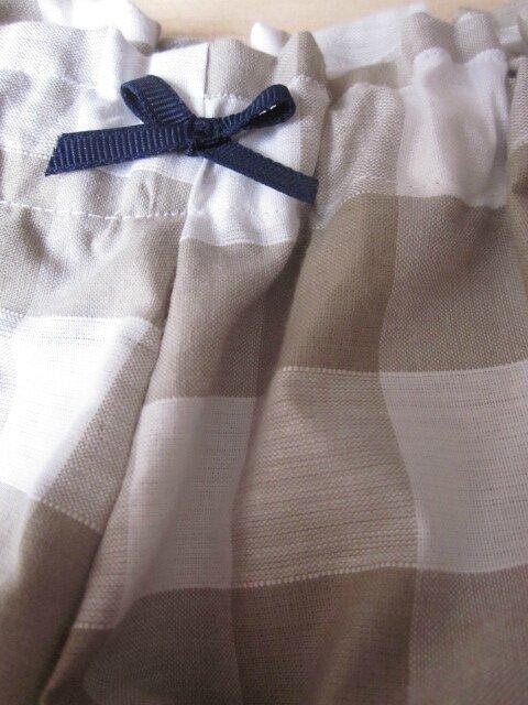 Culotte BIANCA en coton gros vichy beige - noeud marine (3)