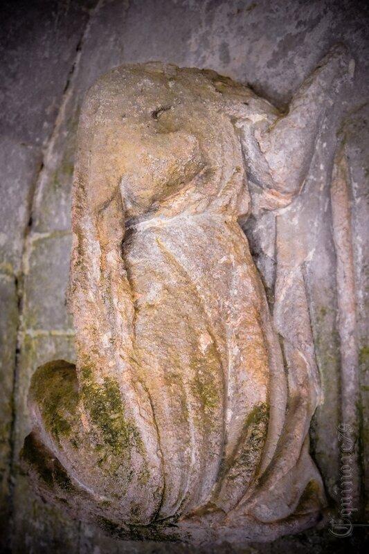 Tombeau d'Aénor de Chatellerault mère d'Aliénor d'Aquitaine Abbaye saint-vincent Nieul sur l'Autise (5)