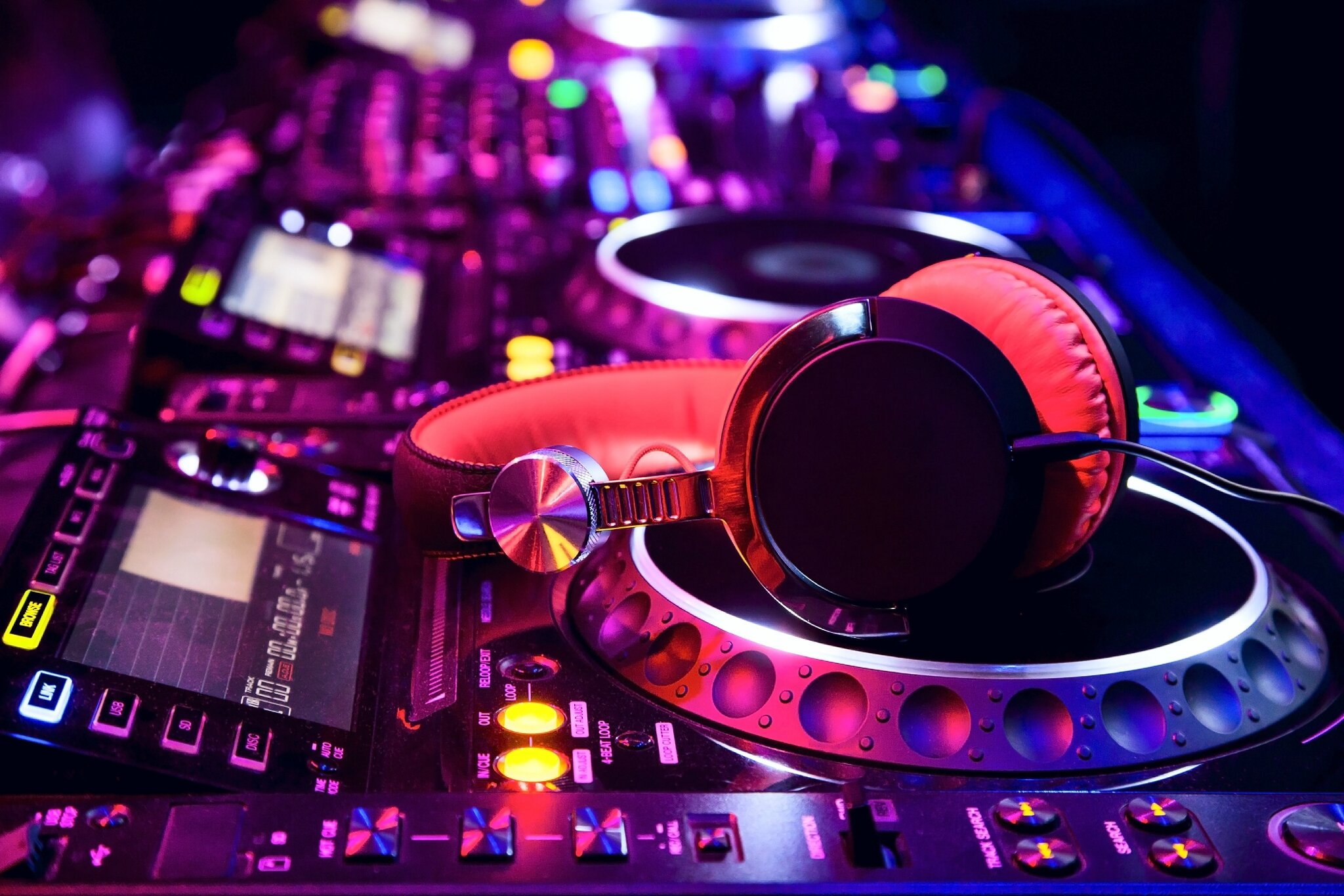 DJ pour anniversaire casablanca 0664000445 dj casablanca dj casablanca anniversaire decoration anniversaire casablanca anima