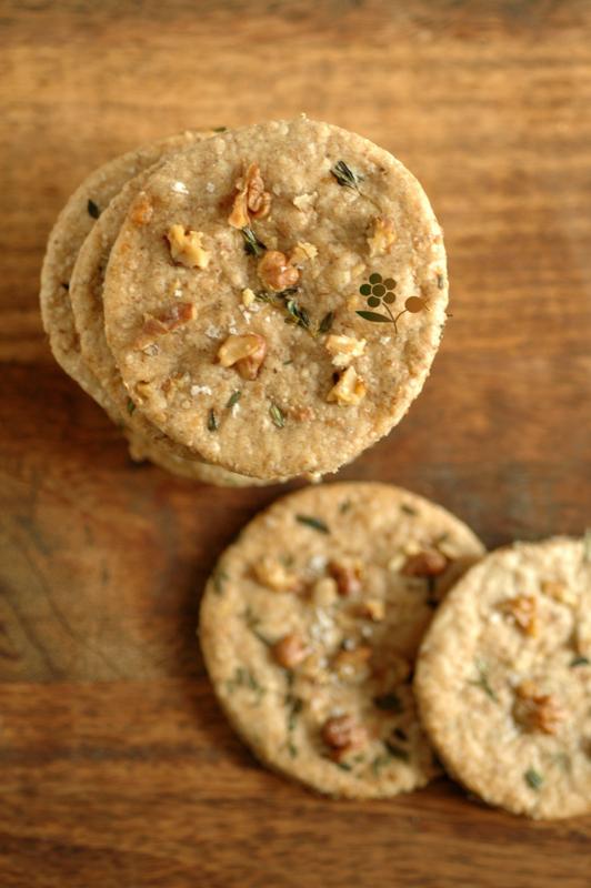 Crackers avoine, noix, huile d'olive, thym & fleur de sel_1