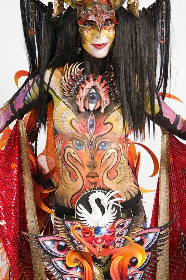 24-des-plus-inspirants-corps-peints-du-festival-mondial-de-body-painting20