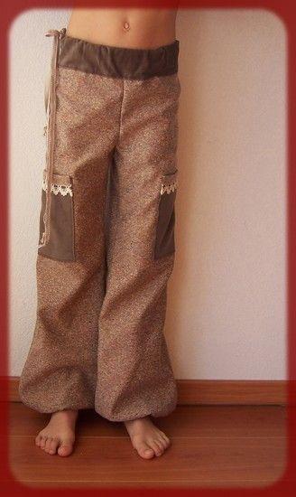 pantalon_marron_velour_dentelle
