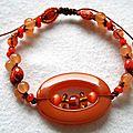 Bracelet coulissant acrylique et perles de Bohème