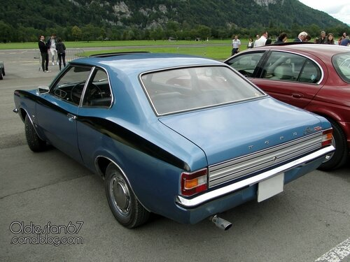 ford-cortina-tc-xl-2door-1970-1973-02
