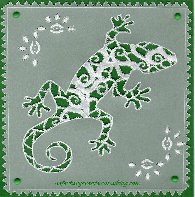 Salamandre en dentelle de papier