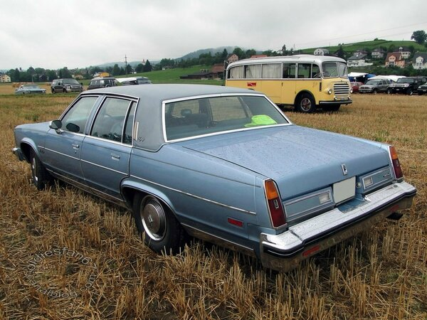 oldsmobile 98 regency sedan 1979 4