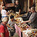 Le marché du terroir de dambach-la-ville démarre