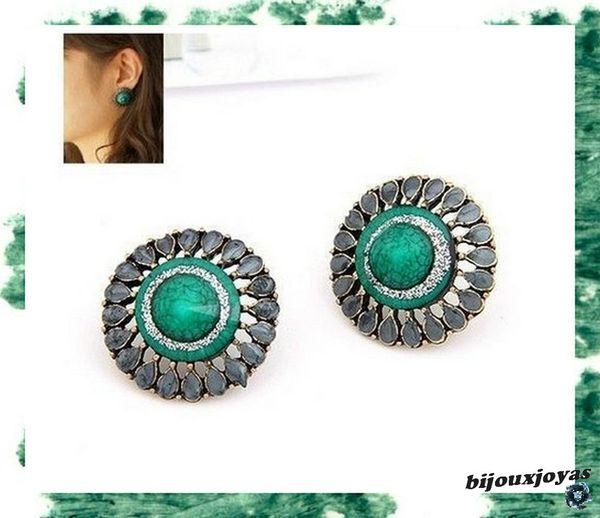 Boucles d'Oreilles Style Rétro Chic Perles Vert Emeraude Email Gris Métal Couleur Bronze