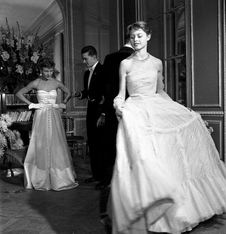 23138-Brigitte-Bardot-pour-Vogue-1950-BD-871x900