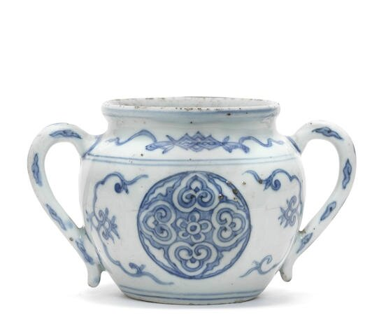 A rare blue and white two-handled 'Jesuit' jar, Wanli period (1573-1619)