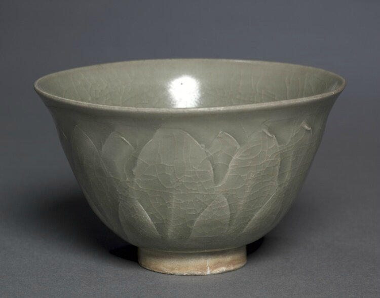 Bowl, Northern Celadon Ware, Yaozhou type, 11th Century, China, Northern Song dynasty © 2013 Cleveland Museum of Art.