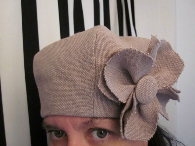 chapeau en lin rose buvard avec fleur (3)